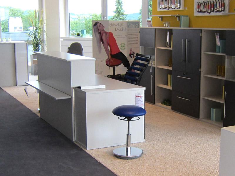 Büroausstattung - Empfangs- und Thekenmöbel - Einrichtungshaus Schulze Ilmenau