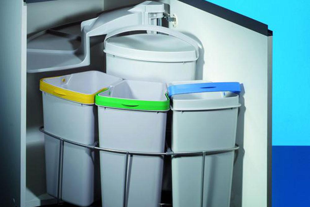 Naber Abfallsystem mit Schwenktechnik