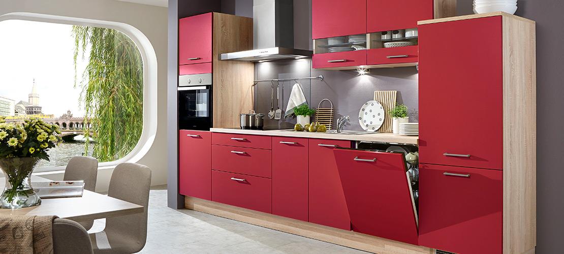 Küchenzeile mit roter Front - Mobile Rödental