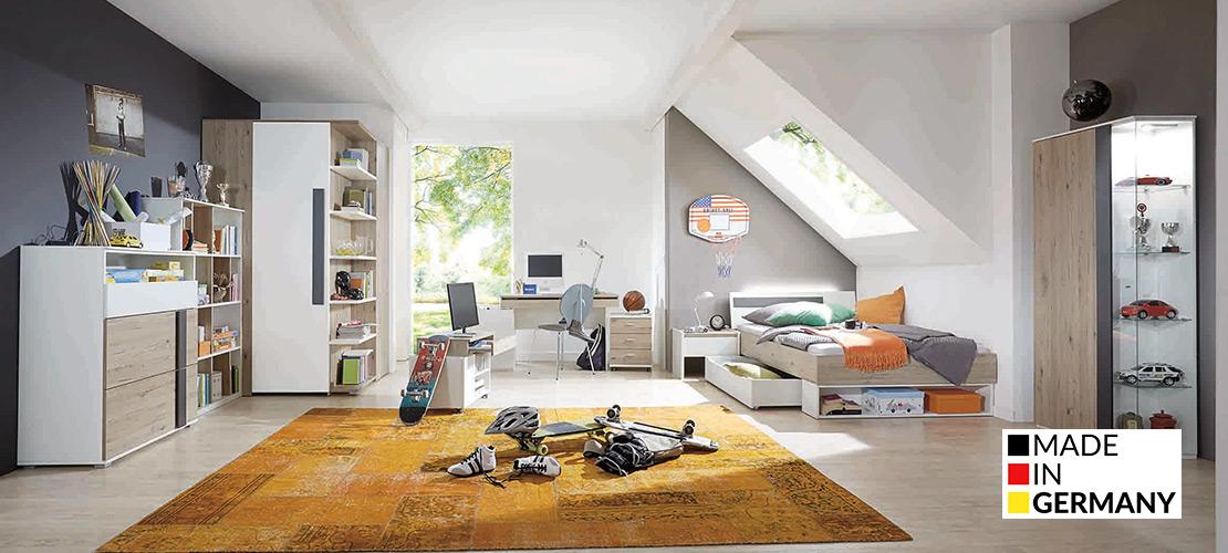 Modernes Jugendzimmer mit begehbaren Schrank | Möbel Schulze