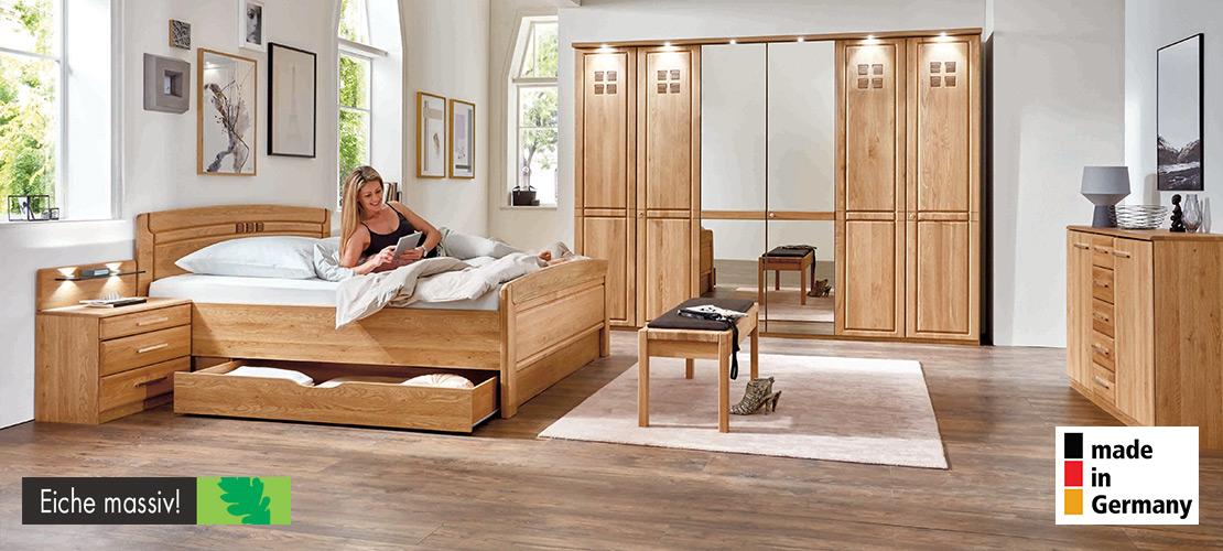 Komplettes Schlafzimmer aus massiver Eiche   Möbel Schulze