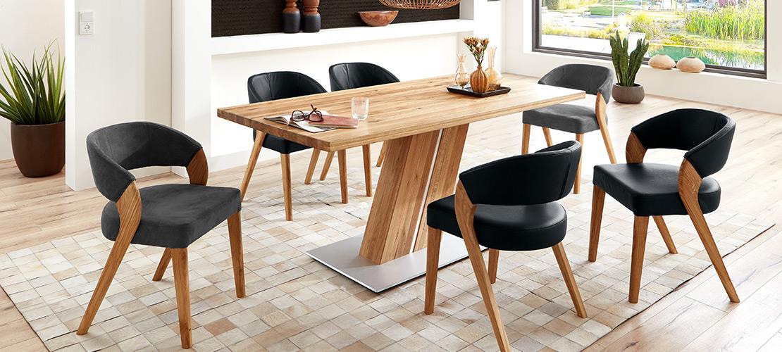 Modernes Esszimmer   Esstisch mit Stühlen