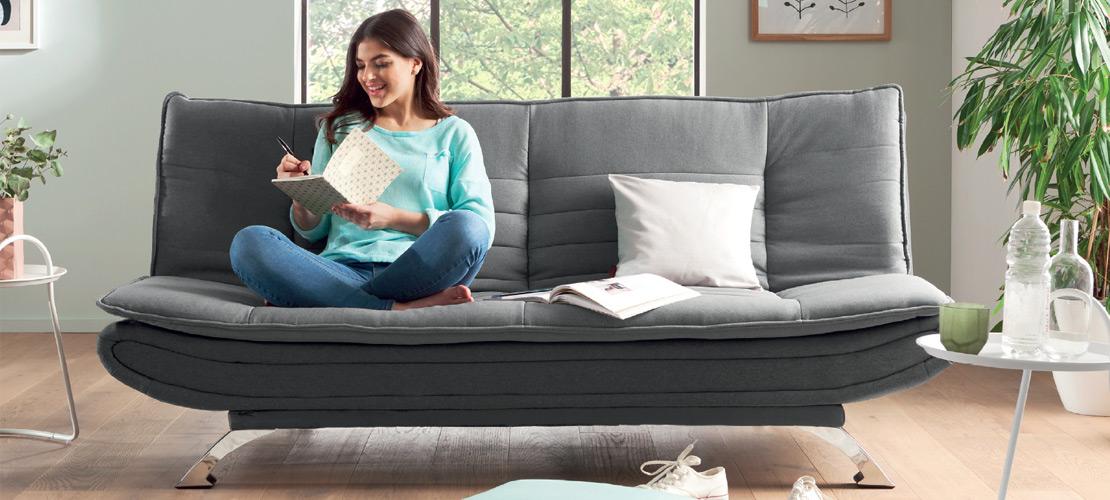 Graues Funktionssofa mit Liegefläche   Möbile   Rödental