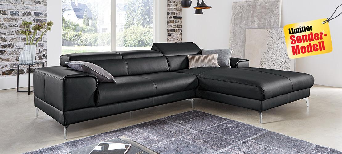 Moderne Eckkombination mit schwarzen Lederbezug