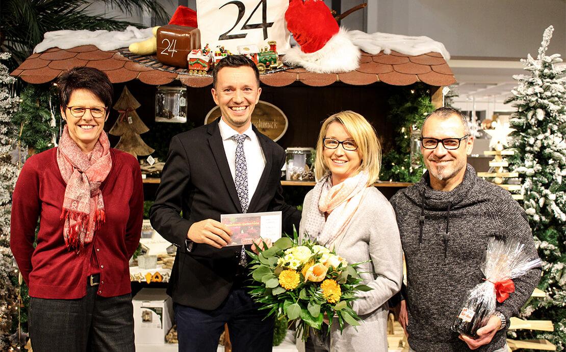 Gewinnerin des Weihnachtspreisrätsels vom Einrichtungshaus Schulze